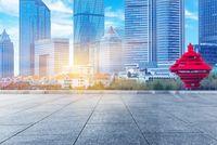 """""""Bitte kein Bildband"""" - Die Bayerische Repräsentantin in China gibt Tipps für nachhaltige Geschäftsbeziehungen und gelungene Messeauftritte"""